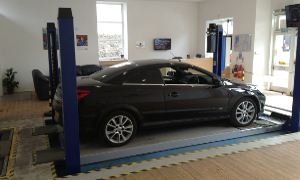 our MOT bay can take care of puncture repairs and engine diagnostics